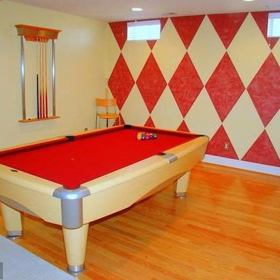 Brunswick 8' Metro Pool Table